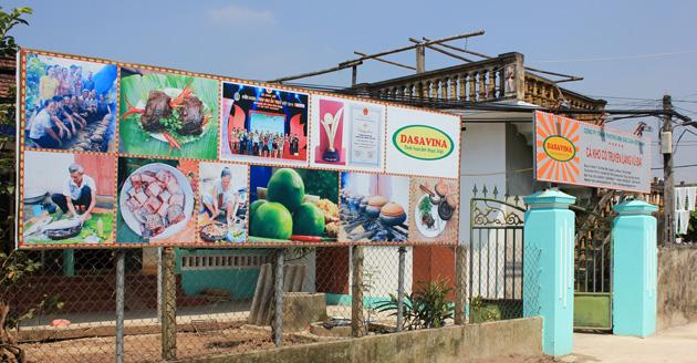 Chi nhánh công ty Đặc Sản Việt Nam - DASAVINA được đặt tại làng Vũ Đại