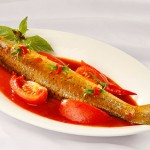 Ngon cơm với cá đối kho cà chua