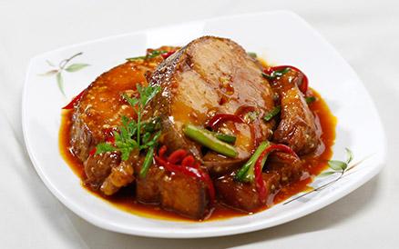 Cá kho thịt ba chỉ đậm đà, béo ngậy thơm ngon